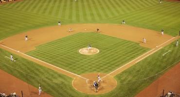 baseball-diamond-during-game
