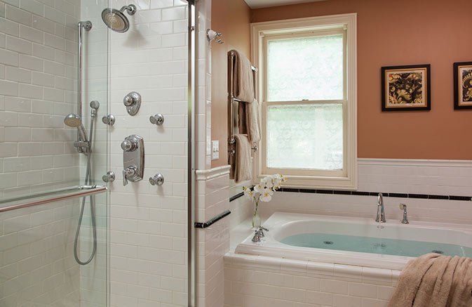 Bath and Dream Shower in a Cooperstown Boutique Hotel
