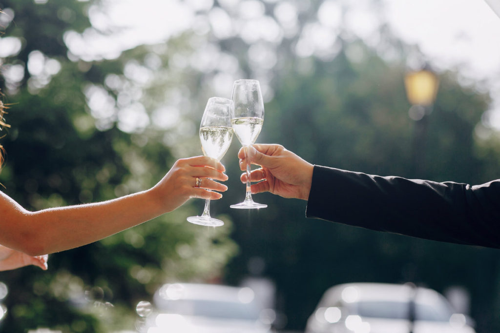 Upstate NY Elopements - Champagne toast