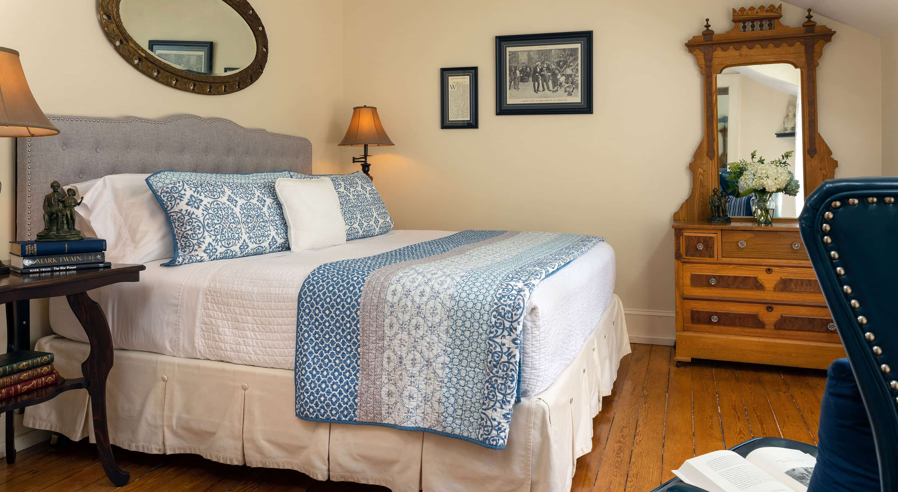Bed in the Twain room - Cooperstown, New York B&B