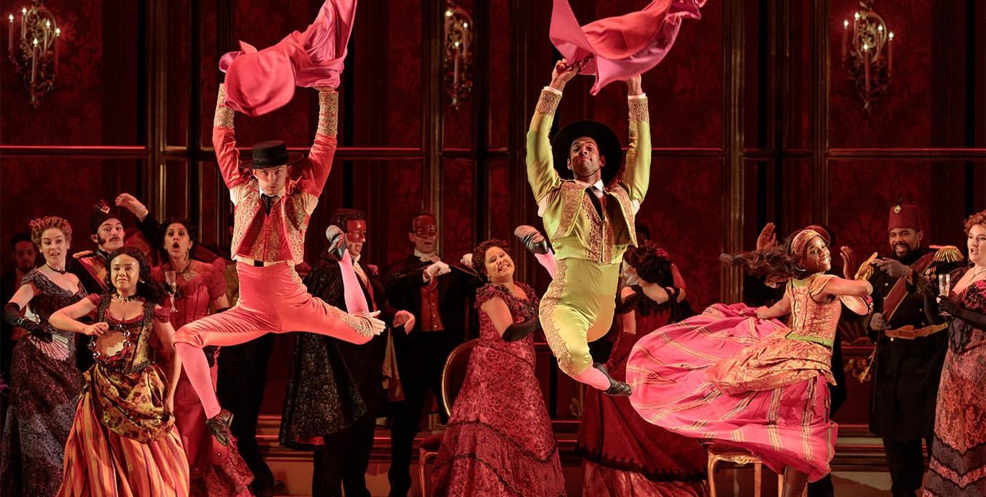 Glimmer Glass Traviata